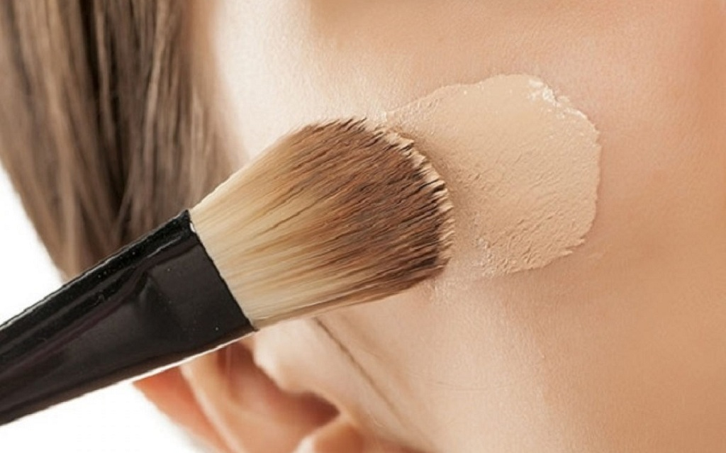 Easy Makeup Tips for Dry and Pigmented Skin